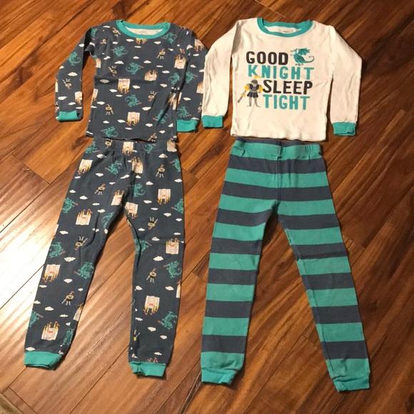 cb16adbcb Carter's Boys Pajamas (2 Sets) Size 5